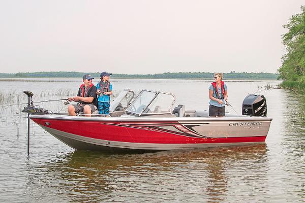 2017 Crestliner 1950 Sportfish Outboard