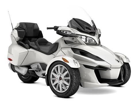 2017 Can-Am Spyder RT SE6