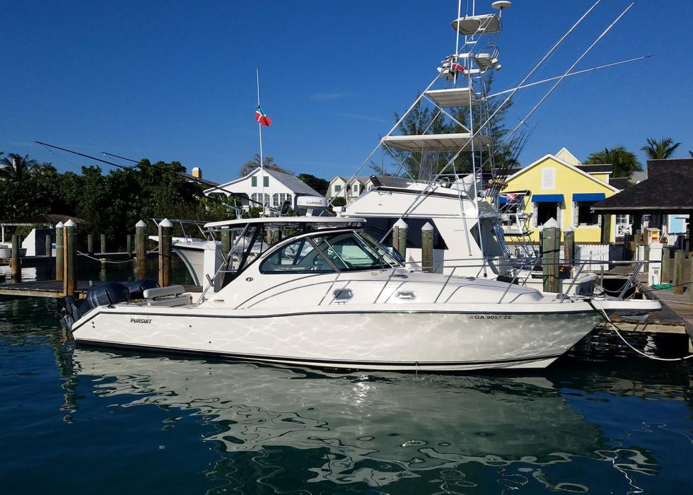 2005 Pursuit 3370 Offshore