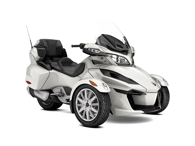 2017 Can-Am Spyder RT 6-Speed Manual (SM6)