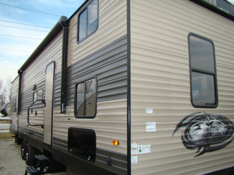 2017 Forest River Cherokee 39RESE