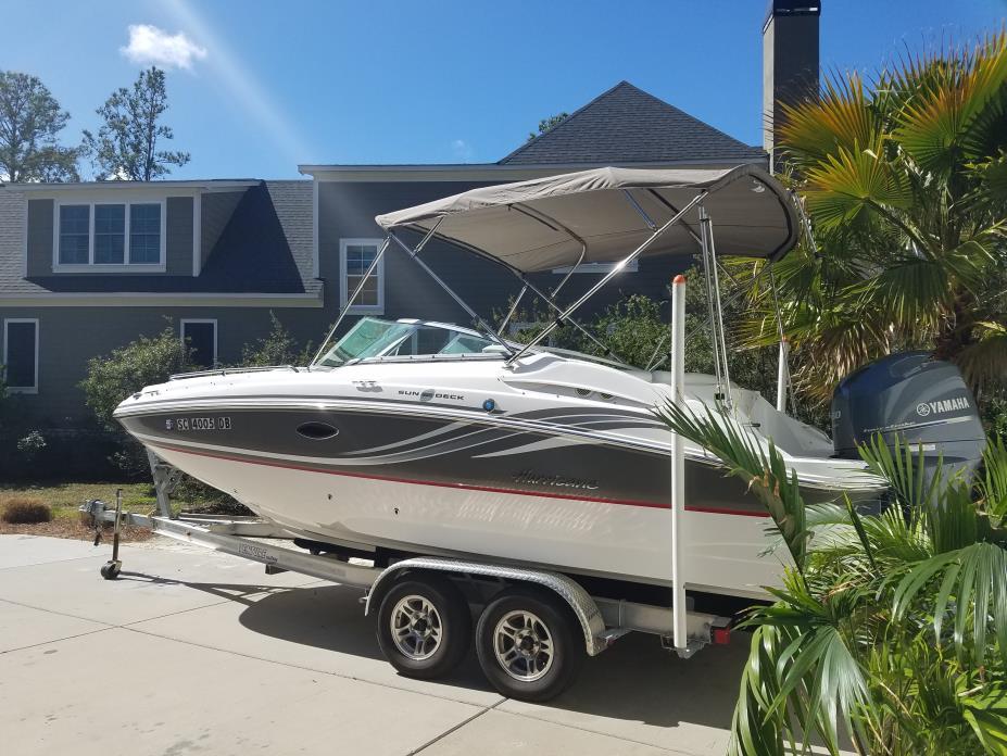 2014 Hurricane Elite Sun Deck 2200
