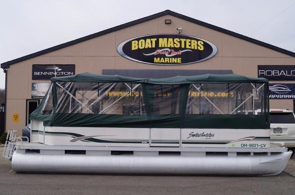 2001 Sweetwater 24SC