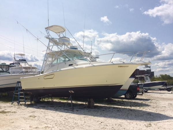 2004 Rampage 30 Offshore