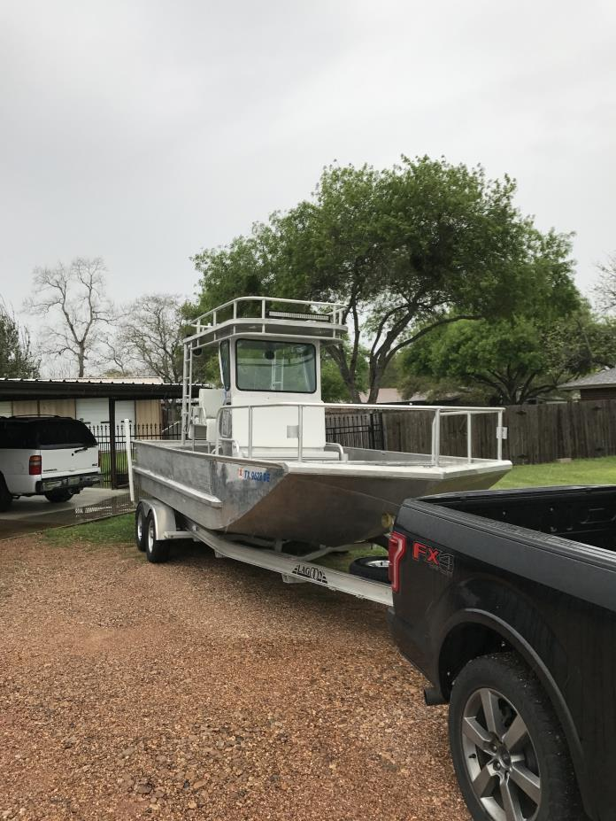 Aluminum fishing boats for sale in victoria texas for Custom aluminum fishing boats