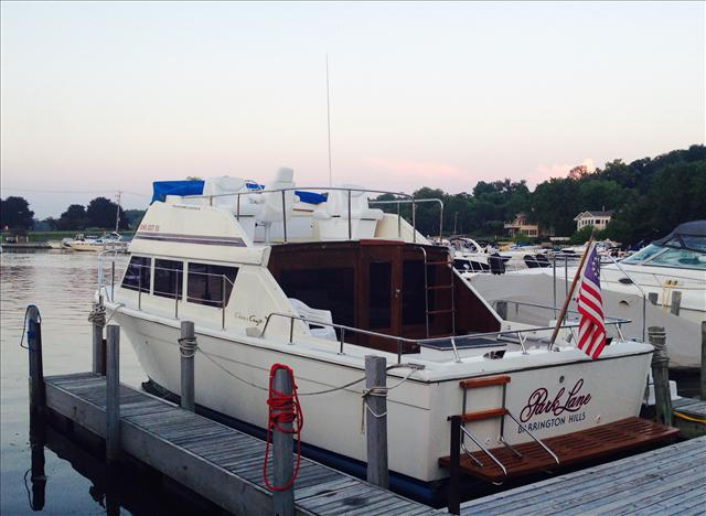 1979 Chris-Craft 33 Corinthian