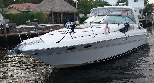2003 Sea Ray 410 Express Cruiser