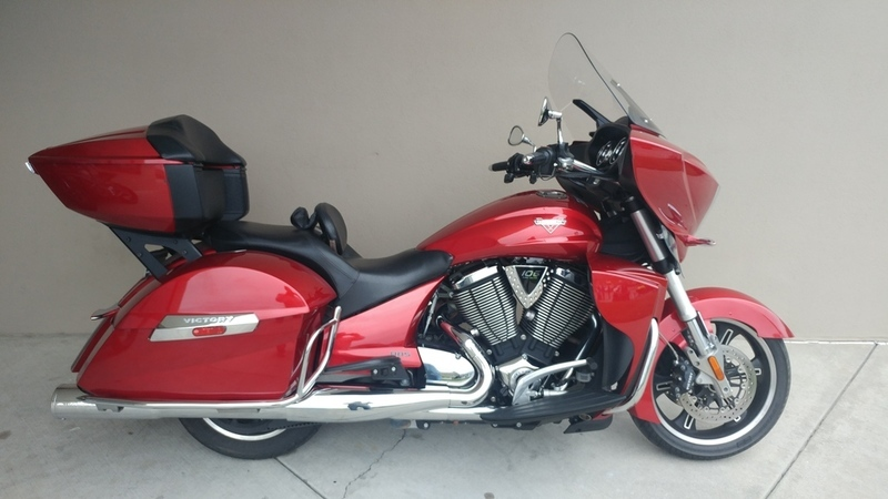 2013 Victory Motorcycles Cross Country Tour Sunset Red