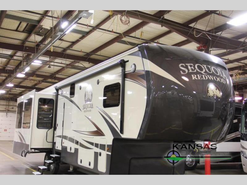 2017 Redwood Rv Sequoia SQ38GKS
