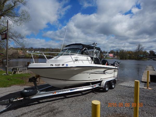 2007 Angler Boats 204wa