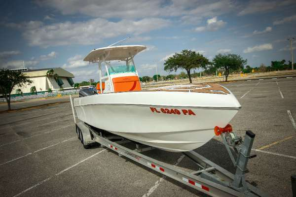 2010 Ocean Waves Seahawk 33