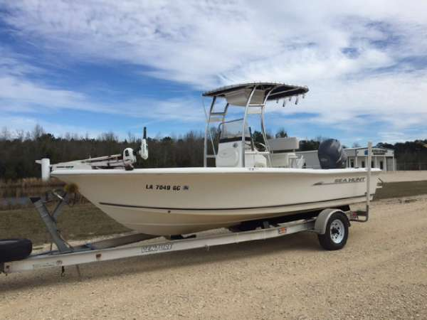 Sea Pro 21 Bay Boats For Sale