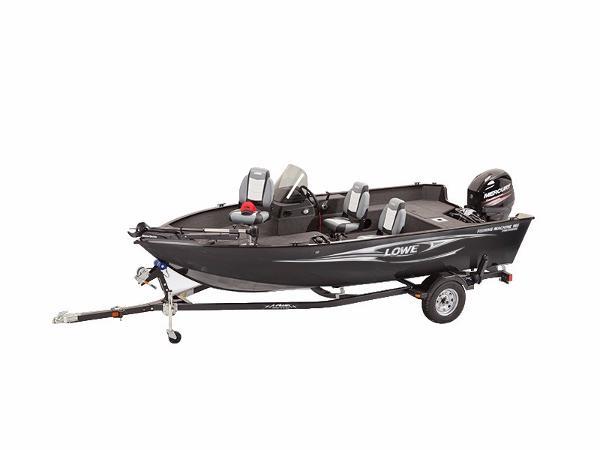 2015 LOWE BOATS Fishing Machine FM 165 Pro SC