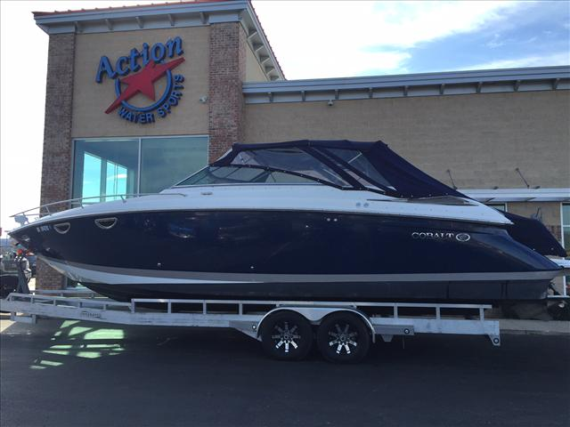 2007 COBALT BOATS 323 Day Cruiser