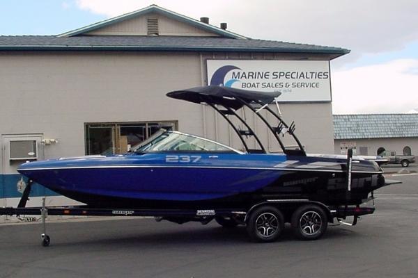 2016 Sanger Boats 237SX