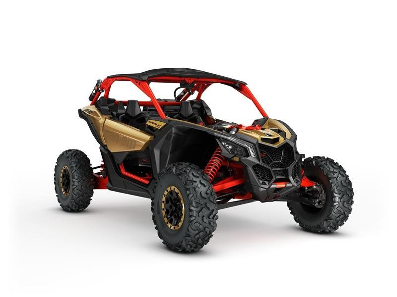2017 Can-Am Maverick X3 X rs Turbo R Gold / Can-Am Red