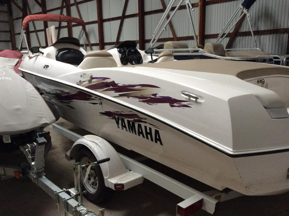 Yamaha boats for sale in conesus new york for Yamaha motor boats for sale