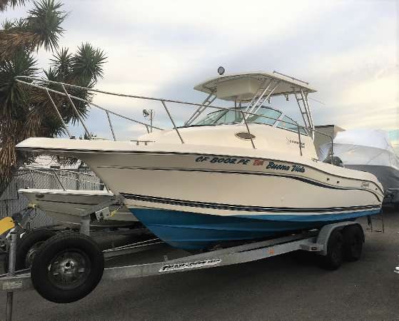 1998 Seaswirl Striper 2300WA