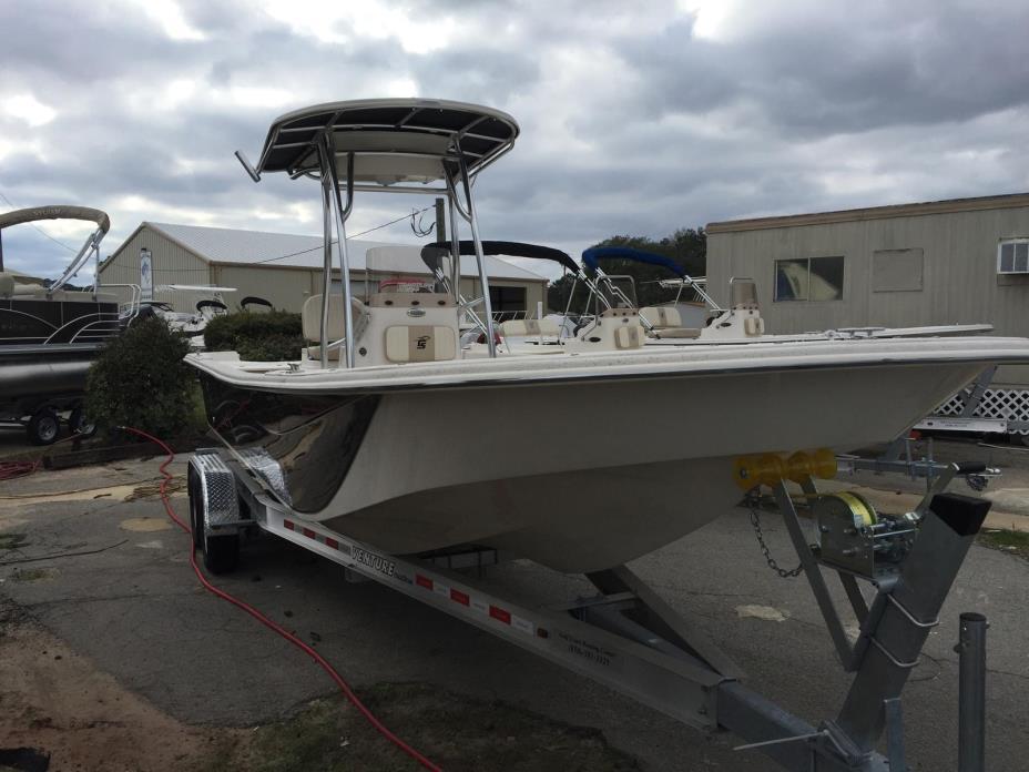 2017 Carolina Skiff 258 DLV