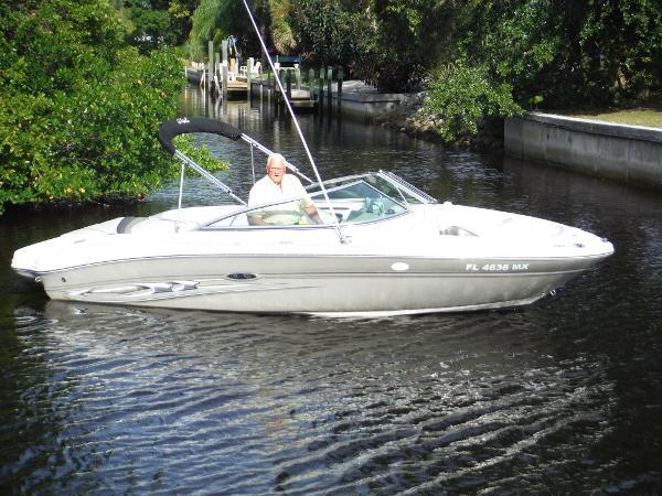 2005 Sea Ray 200 Select
