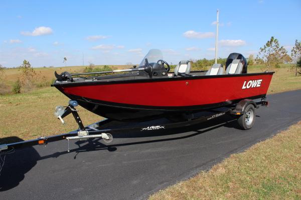 2015 Lowe 165 FISHING MACHINE