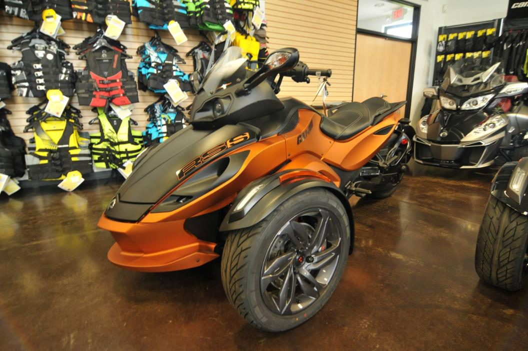can am spyder rs s se5 vehicles for sale. Black Bedroom Furniture Sets. Home Design Ideas