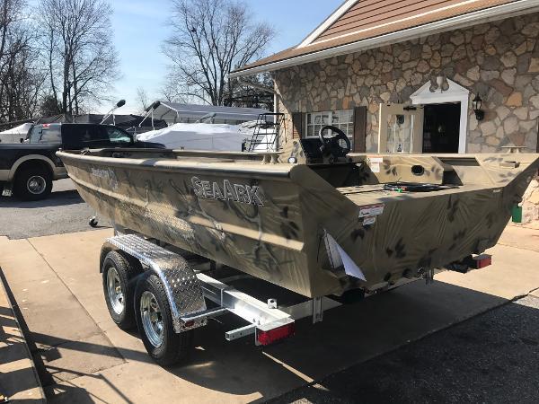 2017 SeaArk RiverCat 200 SC