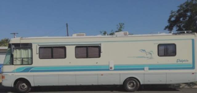 1994 National DOLPHIN 34-D