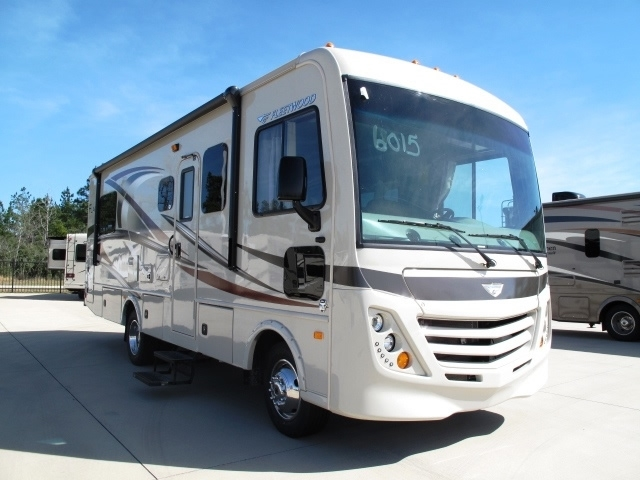 2017 Fleetwood Flair 26d