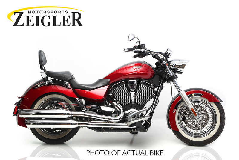 2014 Victory Boardwalk Gloss Black Over Sunset Red Tw