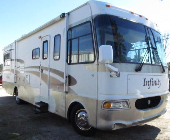 2002 Four Winds Infinity 32R