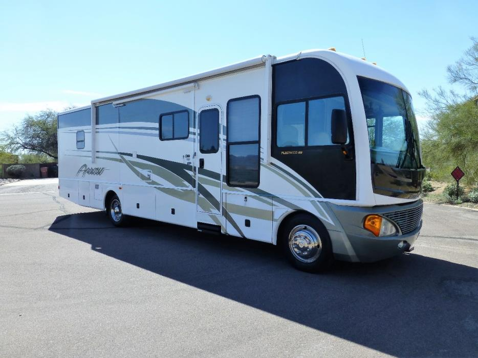 2004 Fleetwood PACE ARROW 36B