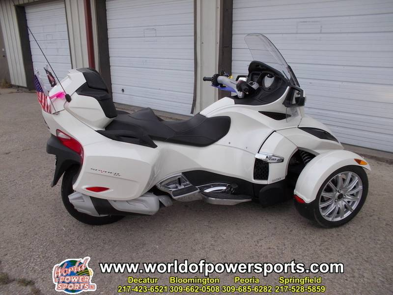 2014 Can-Am SPYDER SPYDER RT SE6