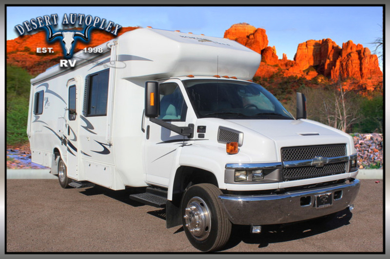 2006 Born Free Casual Elegance 32 Diesel Super C RV