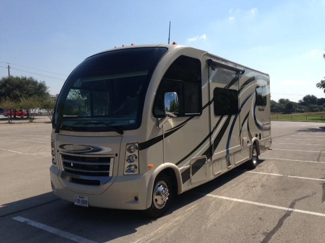 2016 Thor Motor Coach Vegas 24.1
