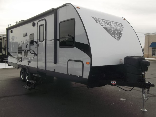 2017 Winnebago Minnie 2201DS