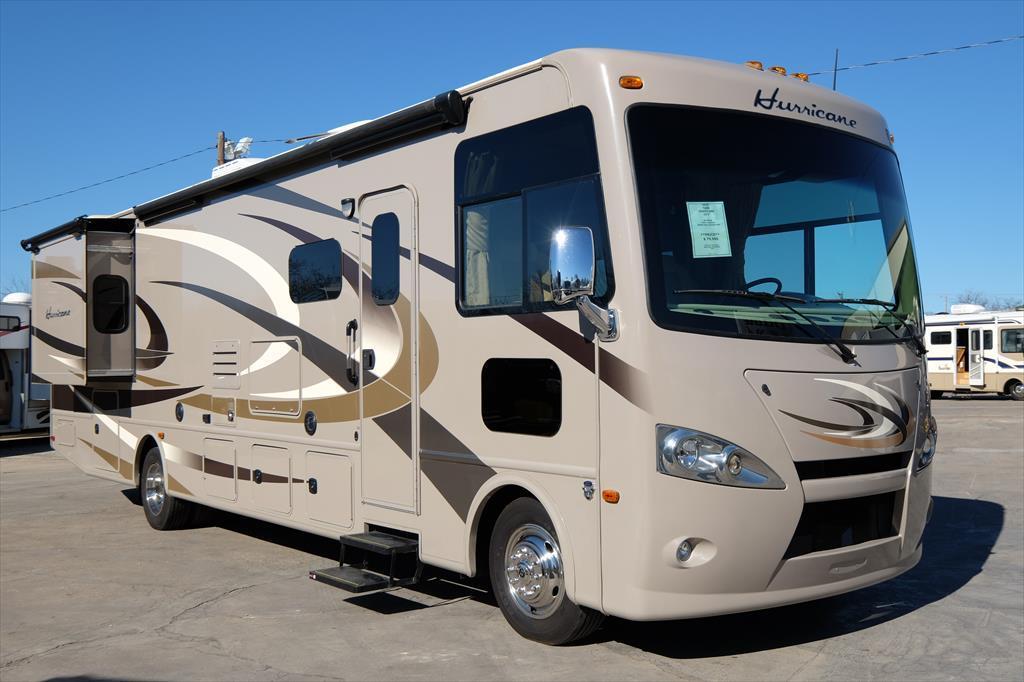 2015 Thor Motor Coach Hurricane 34E 35'5