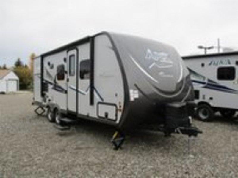 2017 Coachmen Apex Ultra Lite 215RBK