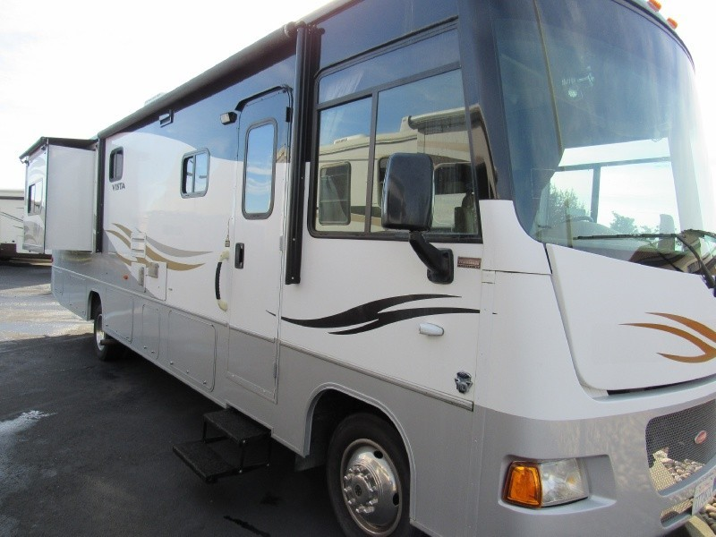 2011 Winnebago Vista 35 F