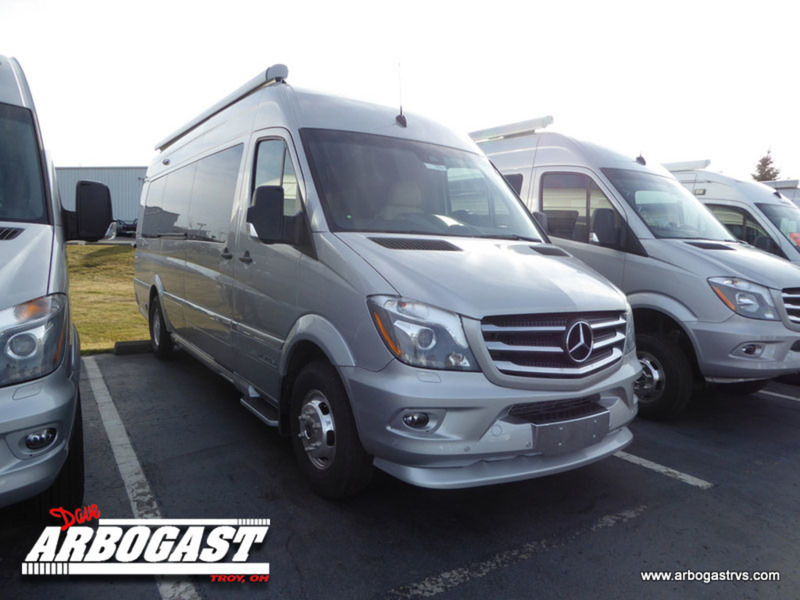 2017 Airstream Tommy Bahama  Special Edition Touring Coach Lounge EX