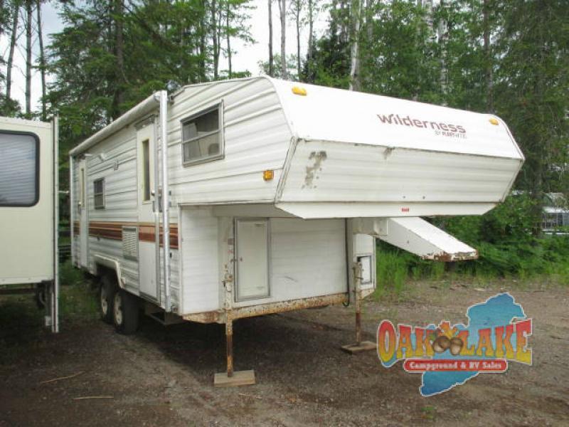 1985 Fleetwood Rv Wilderness 3000CL 245DH