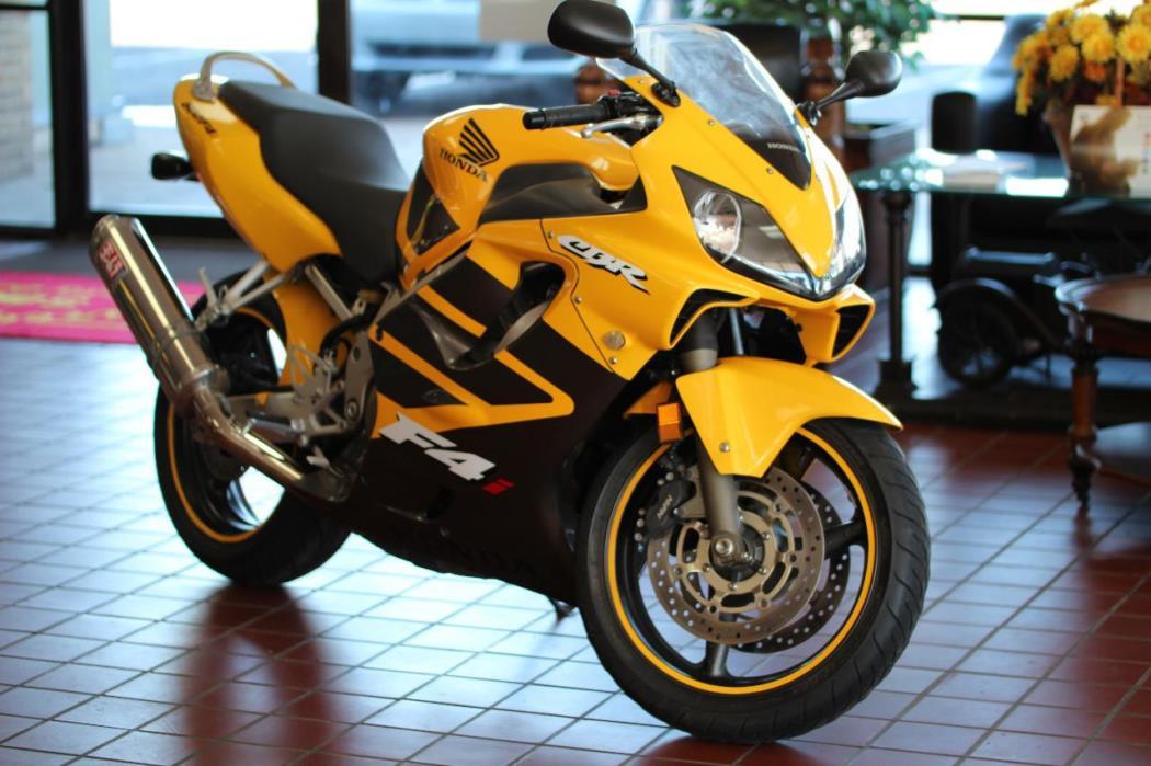 2006 Honda CBR 600F4I1