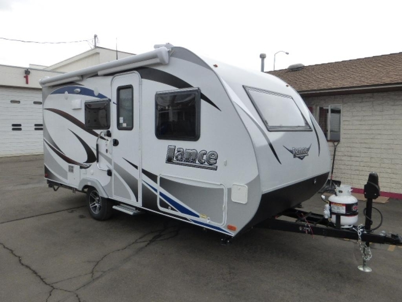 2017 Lance Travel Trailers 1575