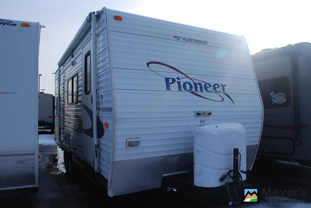 2005 Fleetwood PIONEER 18CK