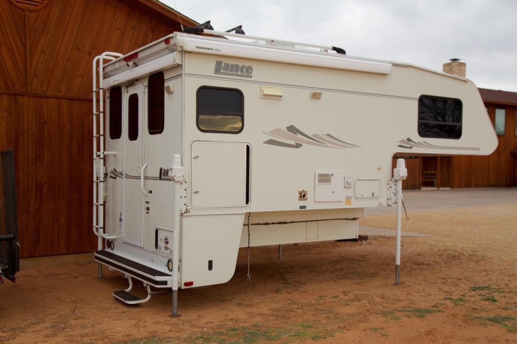 2005 Lance 981 MAX