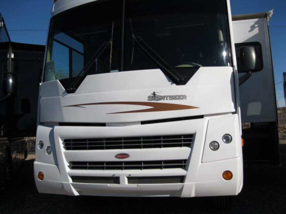 2008 Winnebago Sightseer 30B