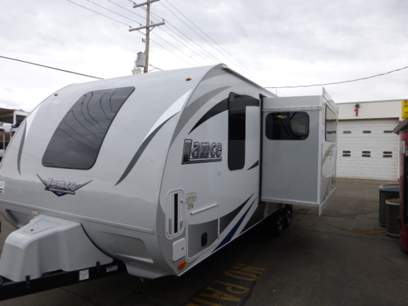 2017 Lance Travel Trailers 2185