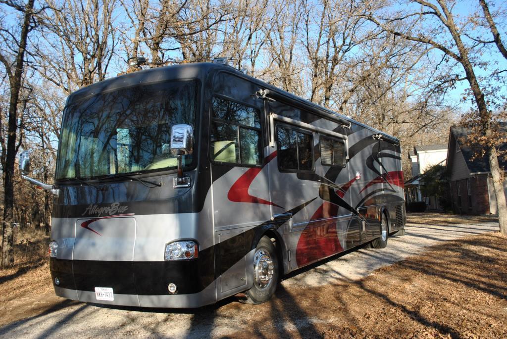 2004 Tiffin Motorhomes ALLEGRO BUS 40DP