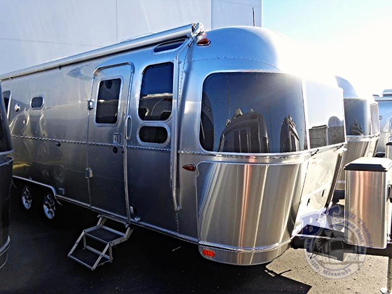 2017 Airstream Rv Flying Cloud 26U Twin