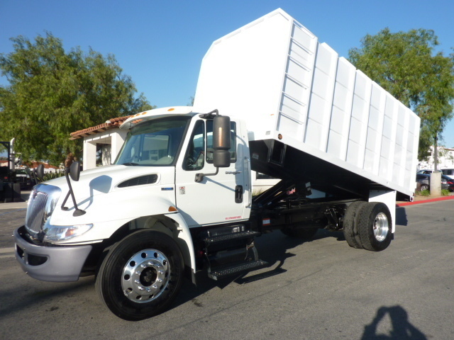 2009 International 4300  Chipper Truck